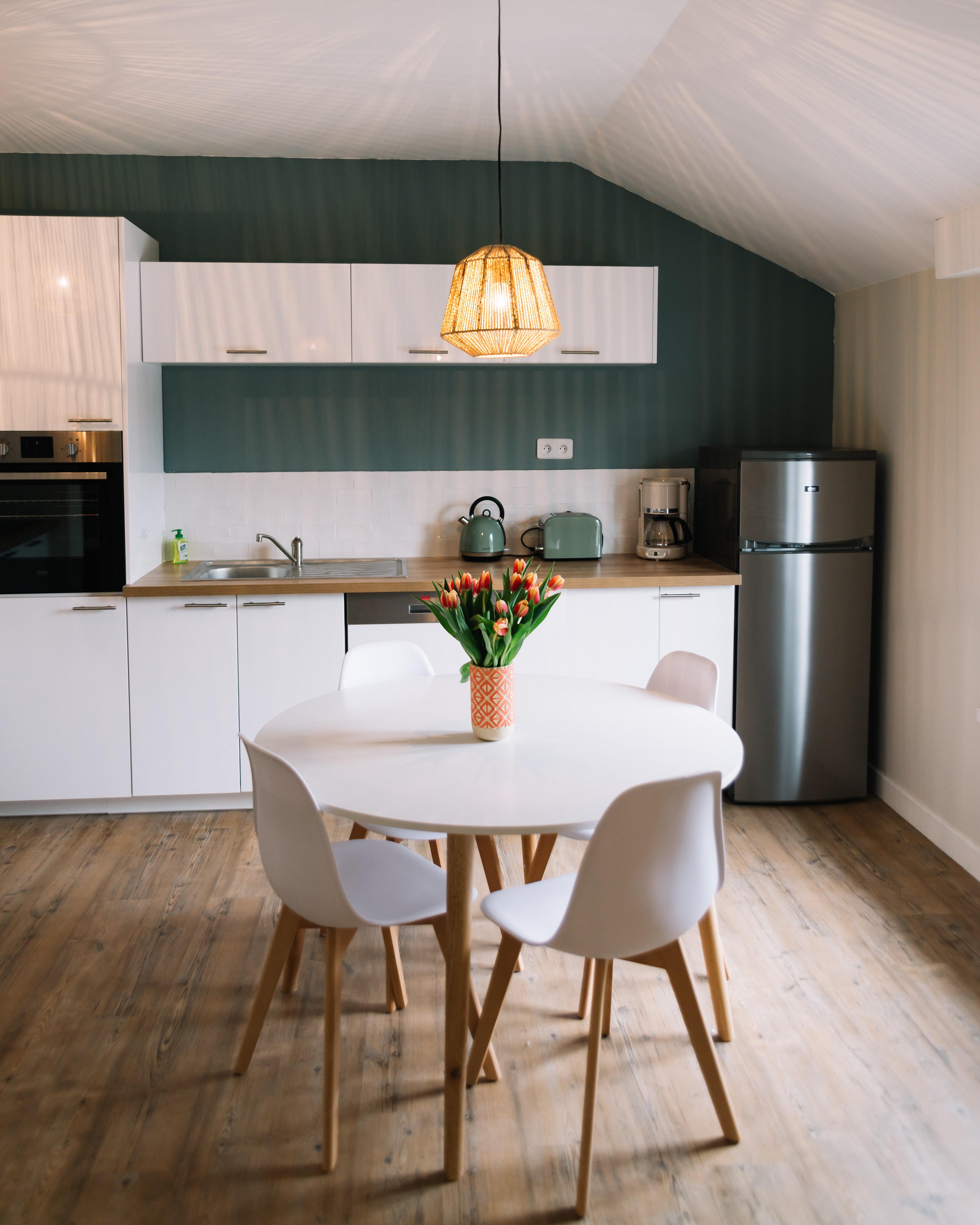 home staging ifapme. Black Bedroom Furniture Sets. Home Design Ideas